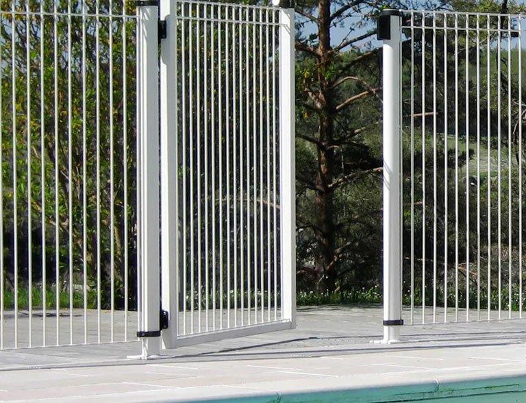 Pro Clôtures 74 - Clôture piscine Decorella